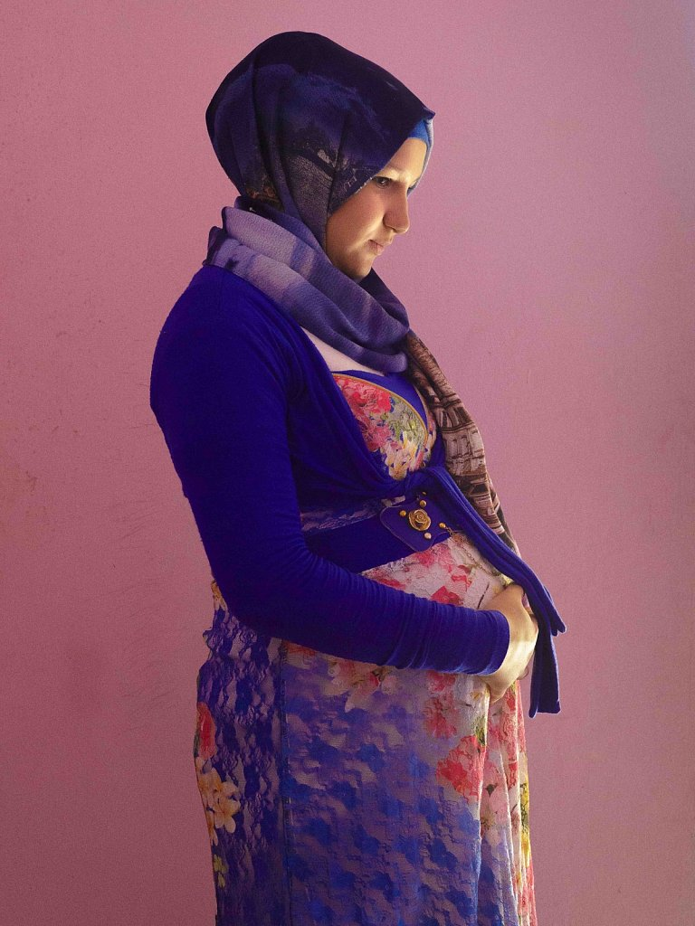 A new and growing tendency is taking place in Lebanon, 2017: Every fourth Syrian refugee girl in the country get married before she turns 18 - of which the term child bride.  Meet Huda, Reem, Mayar and Nada.